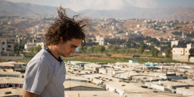 Marlon Langeland looking over one of the Informal Tented Settlements in Saadnayel in the Bekaa valley in Lebanon that is housing Syrian refugees.   Photo: Ingebjørg Kårstad/NRC.